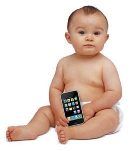 copil_smartphone