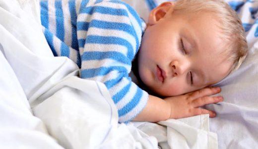 幼児の睡眠時間の理想は10時間!睡眠不足が急増中!