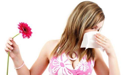花粉症の薬で眠くなる理由を教えて!眠気を取るのに効果的な対策!目が開かない・・・