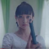 トヨタレンタカーCMの白服で日本刀で居合斬りする女性(女優)は誰?