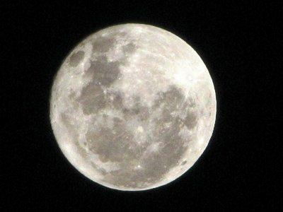 ウルフムーンとは?2020年最初の満月が見える時間や意味、由来について