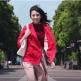 HONDA CARS(ホンダカーズ)のCMに出演の赤い服のかわいい女性(女優)は誰?